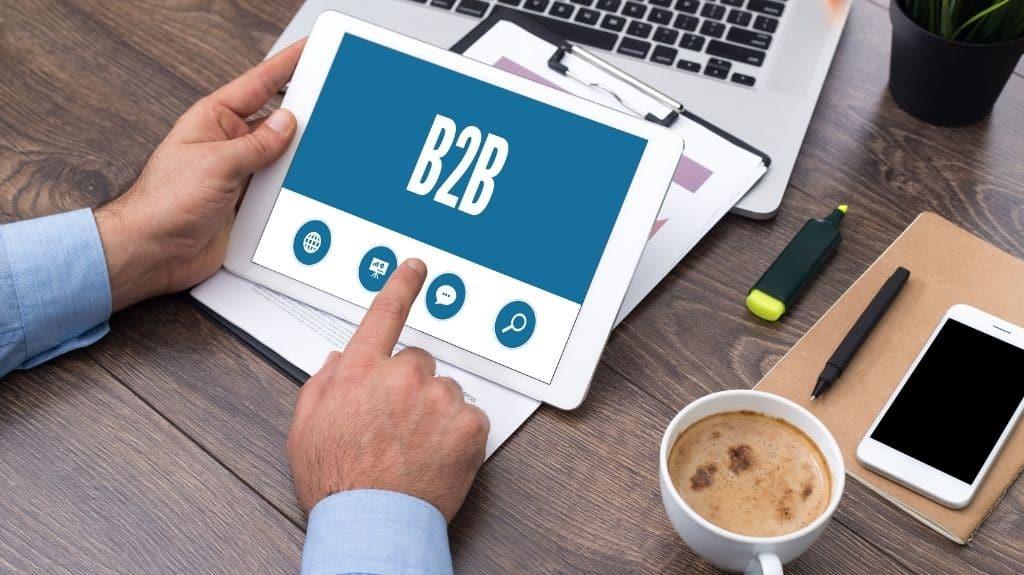 b2b SaaS SEO services strategy